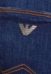 Emporio Armani - Slim fit jeans - denim blu - 4