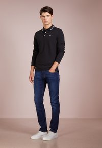 Emporio Armani - Jeans slim fit - denim blu - 1