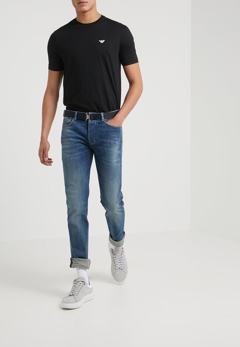 Emporio Armani - POCKETS PANT - Jeans Skinny Fit - blue denim