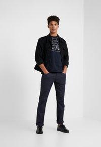 Emporio Armani - Pantalones - blue - 1
