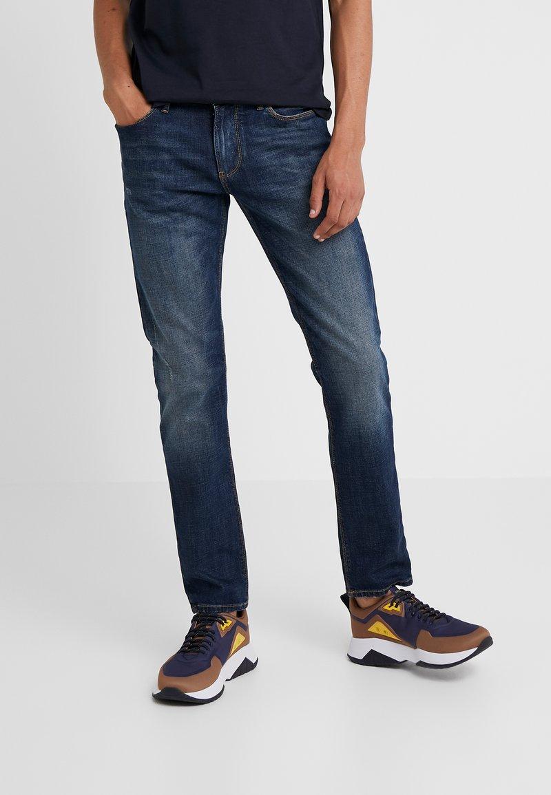 Emporio Armani - Jeans Slim Fit - denim blue
