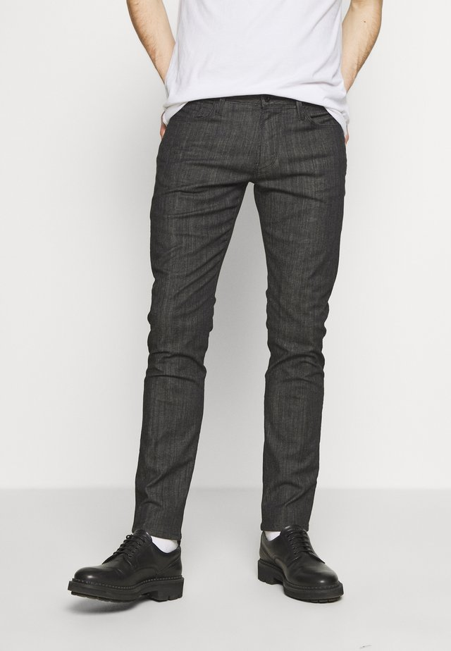 NEON - Jeans slim fit - nero/verde