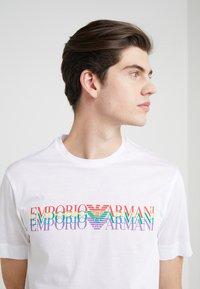 Emporio Armani - T-Shirt print - white - 4