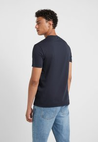 Emporio Armani - Camiseta estampada - dark blue - 2