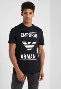 Emporio Armani - Triko spotiskem - nero - 0