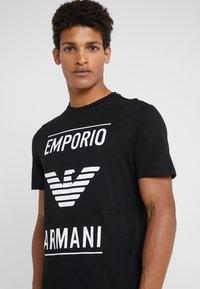 Emporio Armani - Triko spotiskem - nero - 4