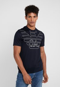 Emporio Armani - T-shirt print - blu aquila - 0