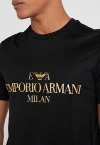 Emporio Armani - T-shirt print - black - 5