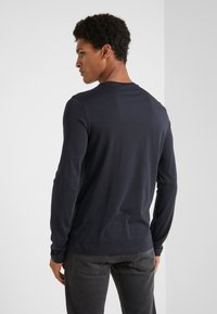 Emporio Armani - Langærmede T-shirts - blu scuro - 2