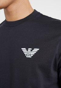 Emporio Armani - T-shirt basique - navy blue - 5