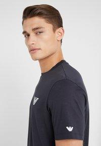 Emporio Armani - T-shirt basique - navy blue - 3