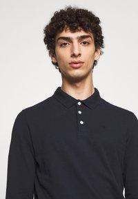 Emporio Armani - Polo shirt - blu scuro - 4