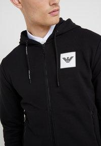 Emporio Armani - FELPA - veste en sweat zippée - nero - 4