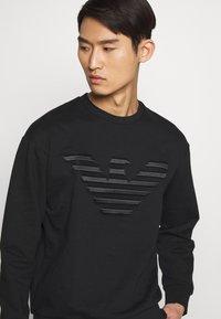 Emporio Armani - FELPA - Sweatshirt - black - 4