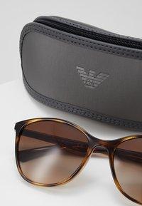 Emporio Armani - Sluneční brýle - havana - 2