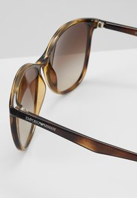 Emporio Armani - Sluneční brýle - havana - 4