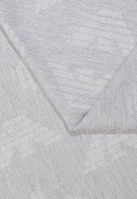 Emporio Armani - FOULARD TILED EAGLE PRINT - Šátek - pearl grey - 1