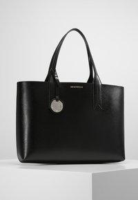 Emporio Armani - SHOPPING BAG BIG - Handbag - nero/rosso - 0