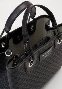 Emporio Armani - MY EA SHOPPING BAG S PRINT LOGO - Sac à main - nero/nero - 4