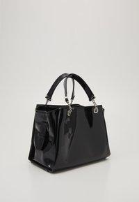 Emporio Armani - ANNIE PATENT SATCH SET - Handbag - nero - 4