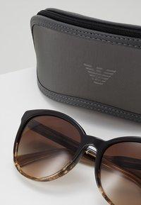 Emporio Armani - Solglasögon - brown/beige - 2