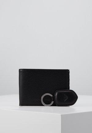 SET - Peněženka - black