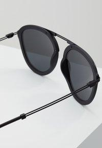 Emporio Armani - Sluneční brýle - black - 2