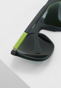 Emporio Armani - Solbriller - green rubber - 4