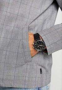 Emporio Armani - Zegarek chronograficzny - black - 0