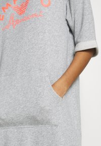 Emporio Armani - NIGHT DRESSVISIBILITY CONIC - Noční košile - light grey melange - 5