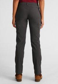 Eddie Bauer - GUIDE  - Outdoor trousers - dark grey - 2