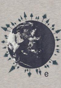 Ebbe - IVO RAGLAN - Camiseta de manga larga - world forest - 4