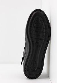 ecco - FLEXURE T-CAP - Höga sneakers - black - 6