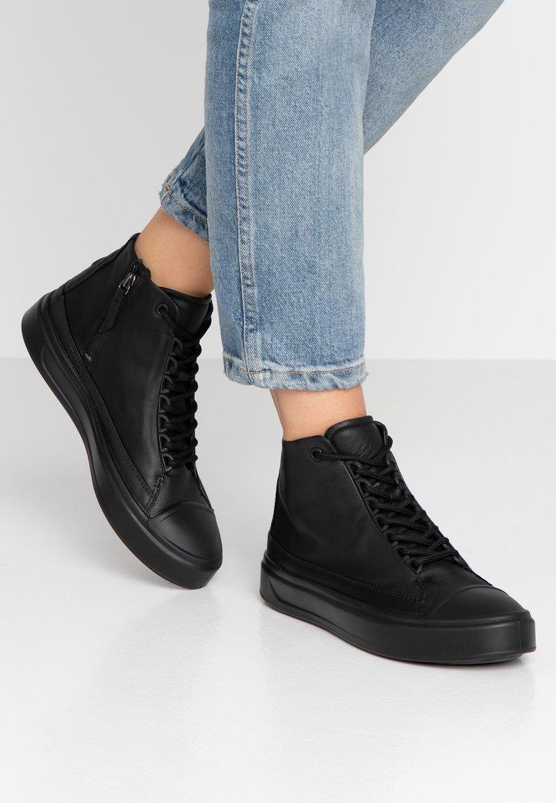 ecco - FLEXURE T-CAP - Sneakers high - black