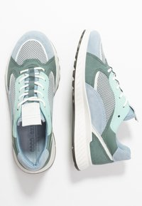 ECCO - ECCO ST.1 W - Sneakersy niskie - dusty blue/white/concrete/lake - 3