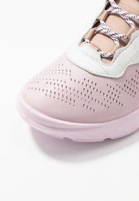 ecco - ECCO ST.1 LITE W - Sneakersy niskie - multicolor/blossom rose - 2