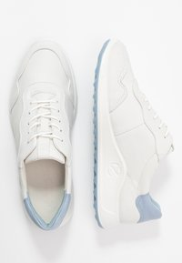 ECCO - ECCO FLEXURE RUNNER II - Joggesko - white/dusty blue - 3