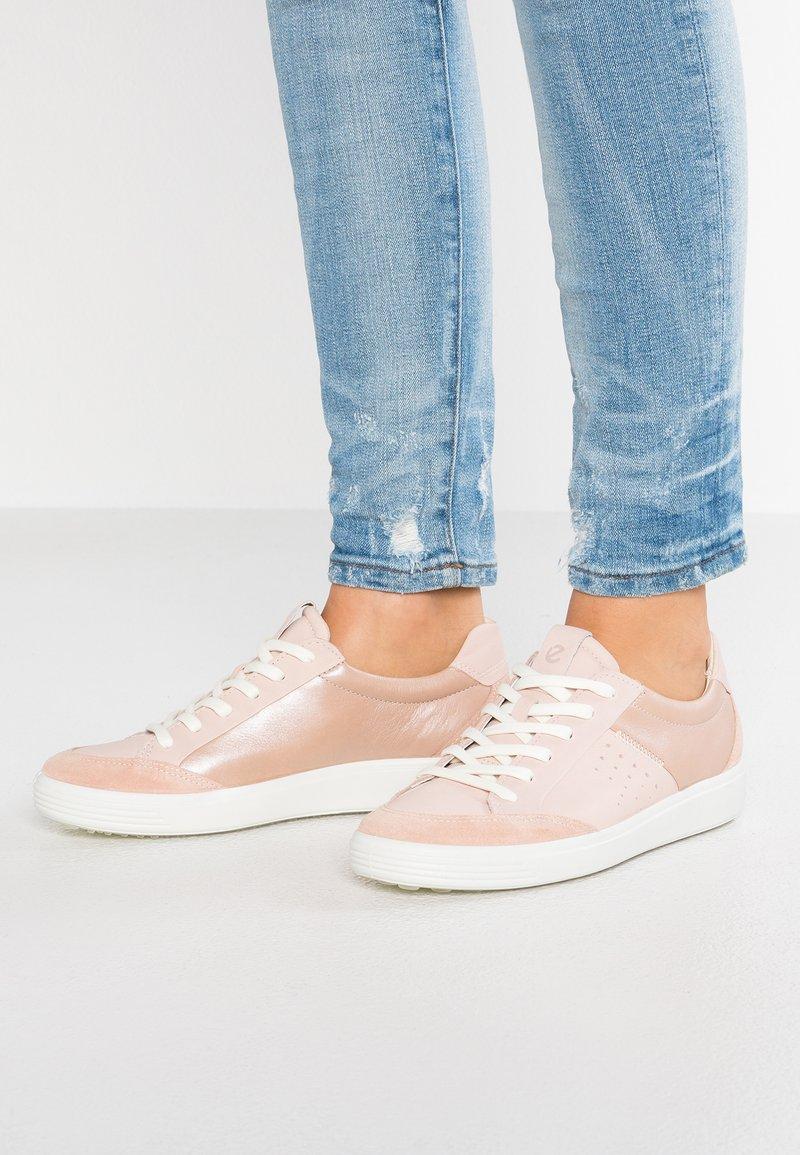 ecco - SOFT - Sneaker low - rose dust/powder