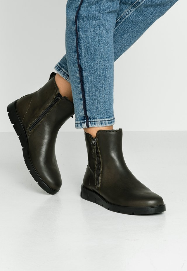 BELLA - Classic ankle boots - deep forest