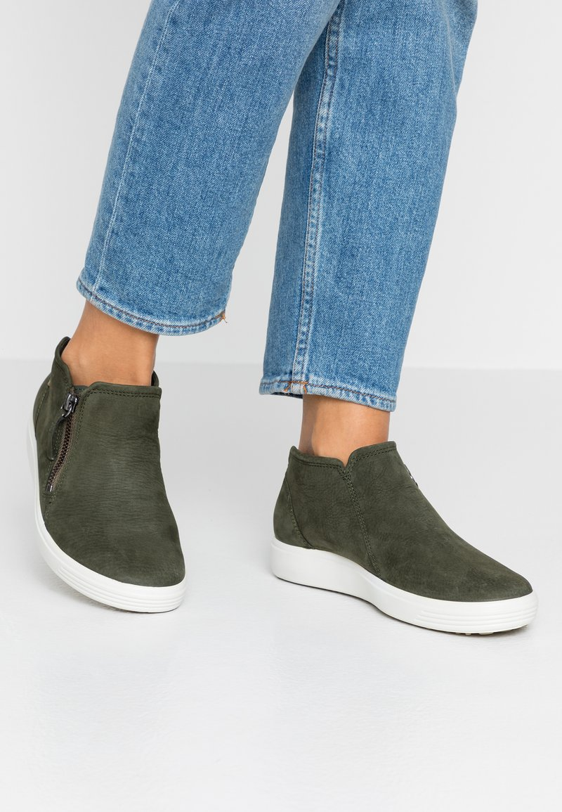 ecco - SOFT  - Ankle boots - deep forest