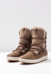 ecco - SOFT TRED - Zimní obuv - navajo brown/moon rock - 4