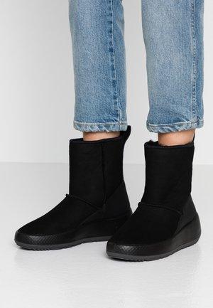 UKIUK - Zimní obuv - black