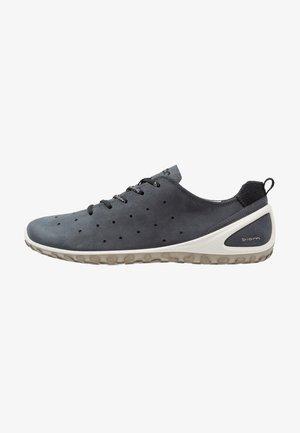 BIOM LITE - Hiking shoes - denim blue/dark shadow