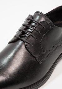 ecco - MELBOURNE - Elegantní šněrovací boty - black/magnet santiago/palermo - 5