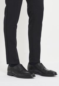 ecco - MELBOURNE - Eleganckie buty - black - 0