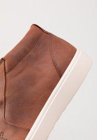 ecco - SOFT 7 - Höga sneakers - brandy - 5