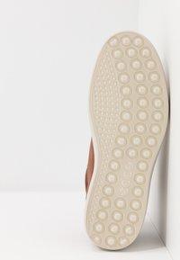 ecco - SOFT 7 - Höga sneakers - brandy - 4