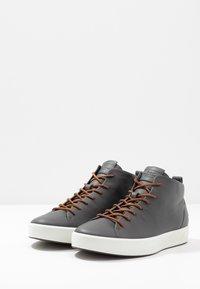 ecco - SOFT - Höga sneakers - magnet - 2