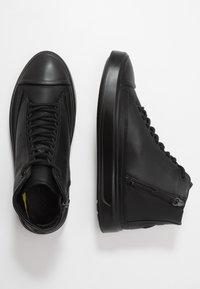 ecco - FLEXURE T-CAP - Höga sneakers - black - 1