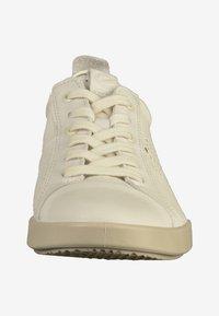 ECCO - Sneakersy niskie - off white - 5